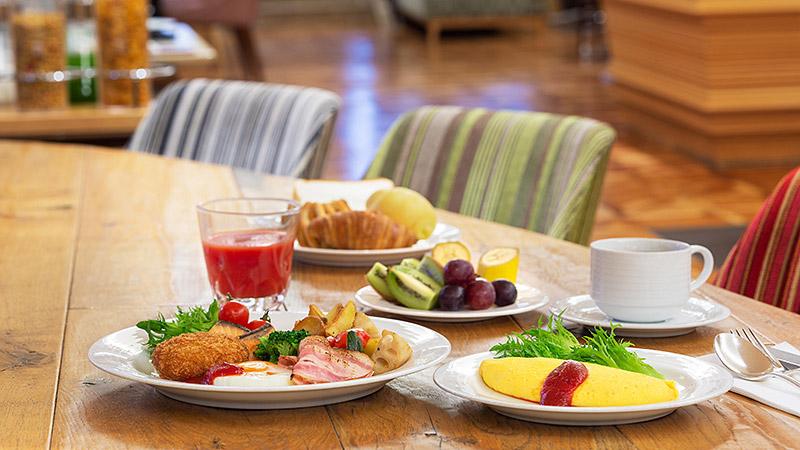 Breakfast 朝食のご案内